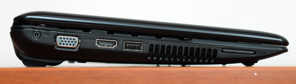 Right side - DC-in, VGA, HDMI, USB, Cooling vent and card-reader