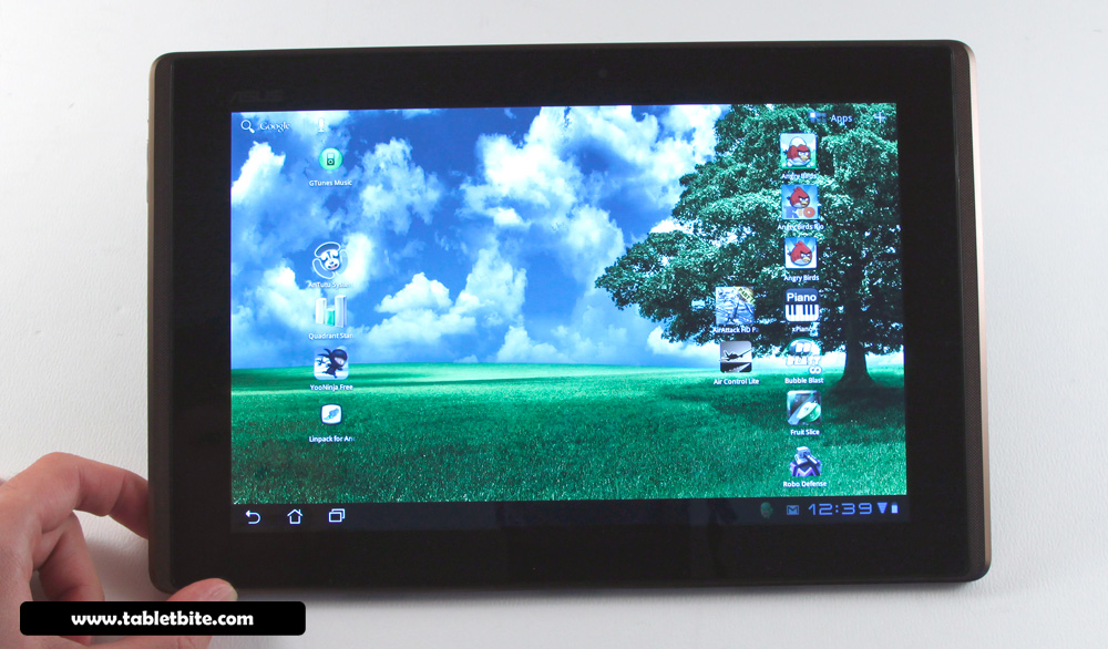 Asus EEE Pad Transformer - solid built Androi tablet, with software hiccups