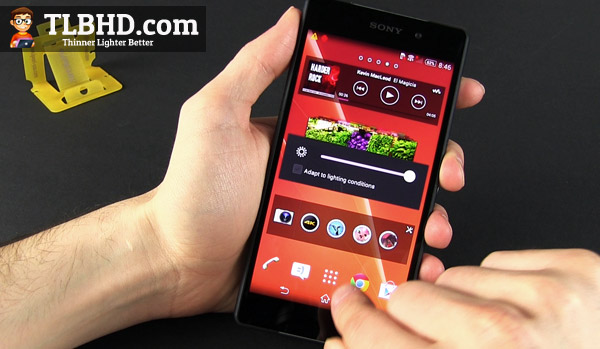 The Android 4.4 KitKat implementation looks beautiful on the Xperia Z2